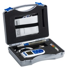 550 portable pH meter in case
